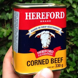 open a can of Corned beef / Bully beef