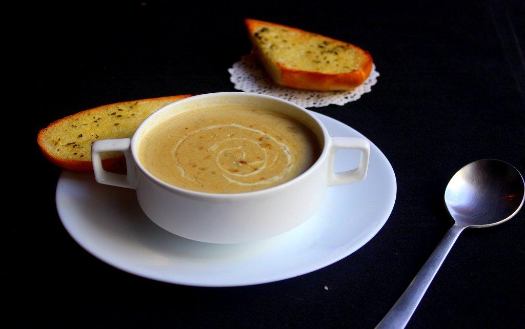 Buvez des soupes / jus de tomate